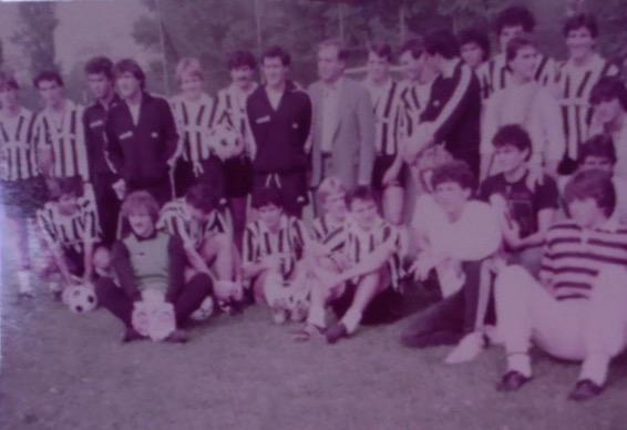 * 1984 - VF accanto a Scirea con la   Juve e il CIV .jpg